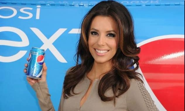 Actress Eva Longoria Serves Up First Sips of New Pepsi NEXT in New York, Turns New Yorkers Into Believers