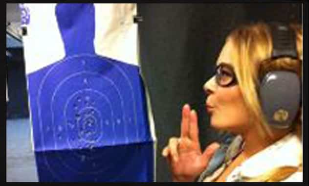 LeAnn Rimes Shoots Guns At Shooting Range  1