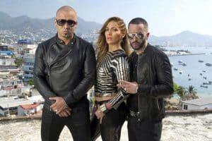 J-Lo, Enrique Iglesias Tour: Duo Announces Wisin Y Yandel Will Join Them  1