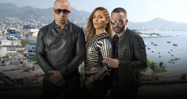 JLO with Winsin Y YandelFeatured