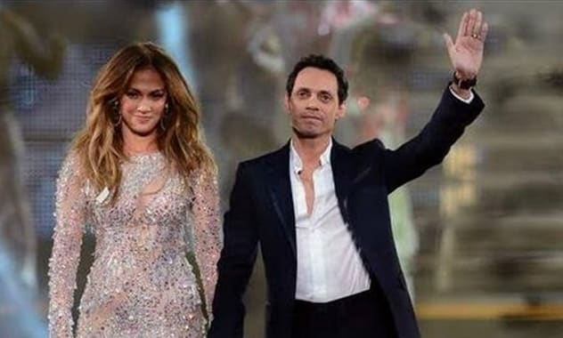 Jennifer Lopez and Marc Anthony Reunite on Stage in Las Vegas