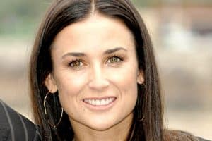 Demi Moore Twitter: Actress Renames @mrskutcher To @justdemi On Twitter