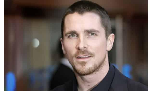 Christian Bale Crying: MTV Movie Awards Provide Somber Moment For Batman Star