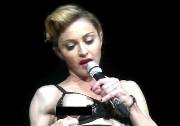 Madonna Nipple: Singer Flashes Nipple At Istanbul Concert
