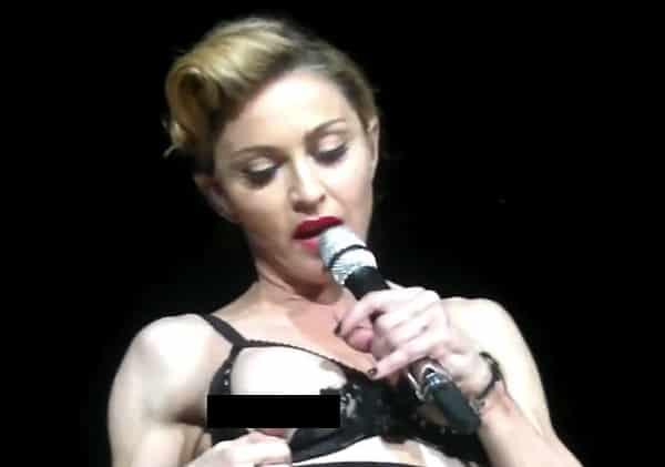 Madonna Nipple: Singer Flashes Nipple At Istanbul Concert