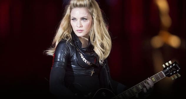 12-06-29-madonna-mdna-tour-berlin-0014 featured