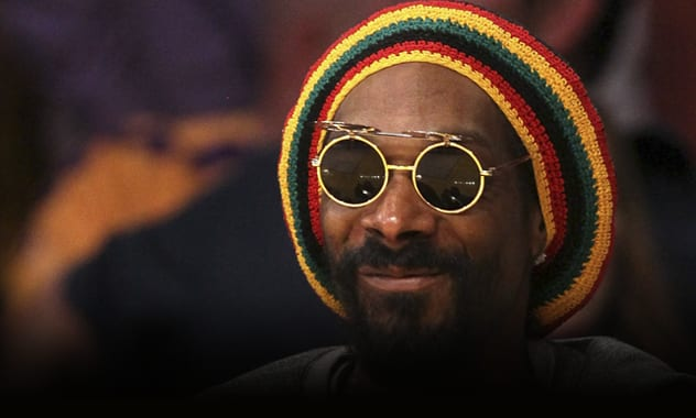 Snoop Dogg As Snoop Lion: Rapper To Release Reggae Album Under New Name  1