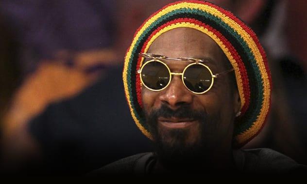 Snoop Dogg As Snoop Lion: Rapper To Release Reggae Album Under New Name  1