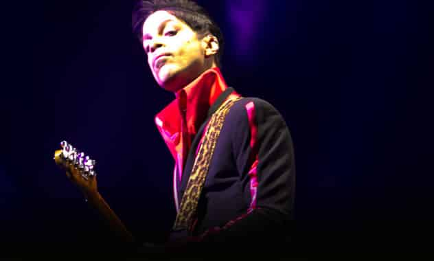 Prince Chicago Concert: Pint-Sized Music Icon Announces United Center Residency  1