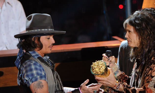 Johnny Depp, Aerosmith: Actor Jams With Band, Performs 'Train Kept a-Rollin''