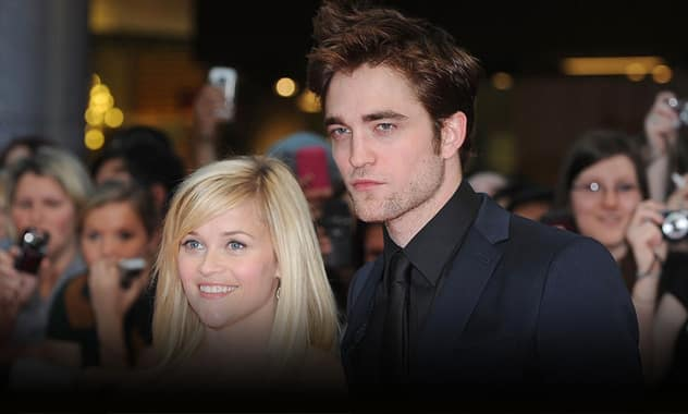 Robert Pattinson Staying At Reese Witherspoon's Vacation Home  2