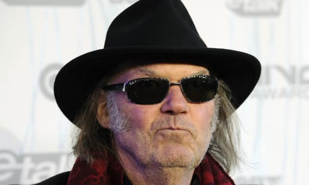Neil Young: Piracy Is 'The New Radio,' Way To Get Your Music Heard