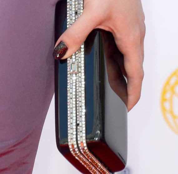 Kelly Osbourne's Manicure, Made Of Diamonds, Causes Outrage After Emmys 1