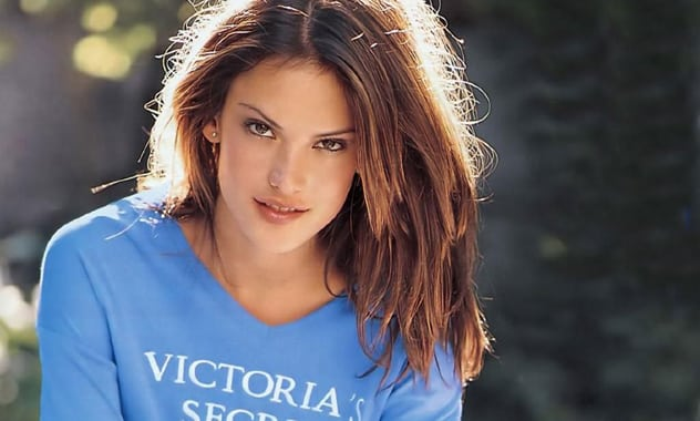 Alessandra Ambrosio To Model $2.5 Million Bra