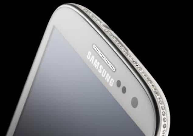 Crystal encrusted Samsung Galaxy S III Swarovski Edition by Amosu Couture 1