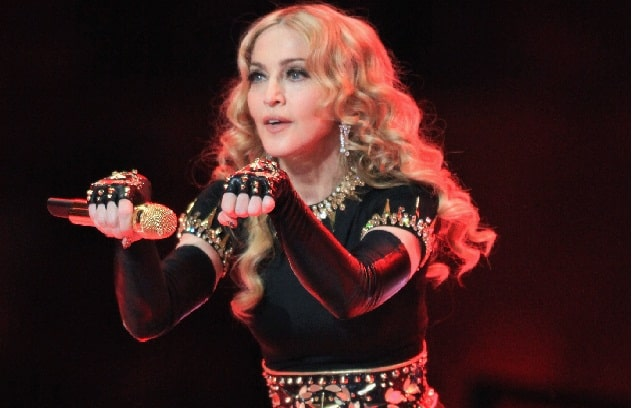 Madonna Late To Miami Concert, Angering Fans