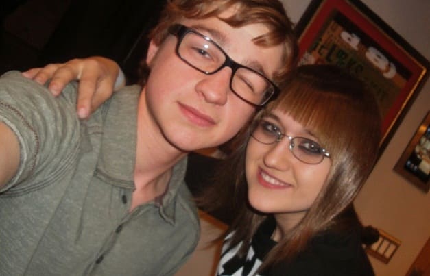 Angus T. Jones, Stalker Sarah Dating: 'Two And A Half Men' Actor Dating Celeb Superfan