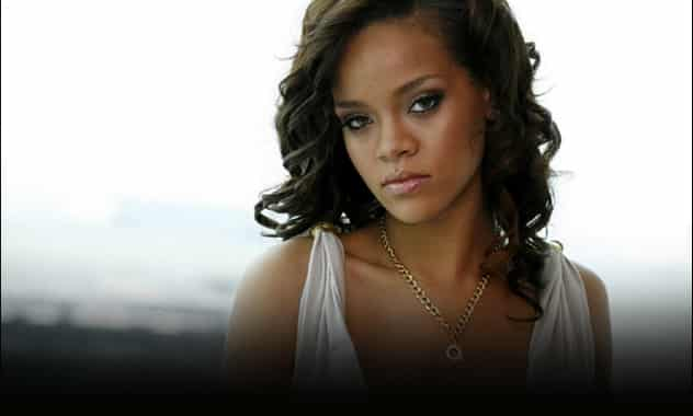 Rihanna's Laryngitis More than Her Voice - Singer Loses Another Concert From Illness 1