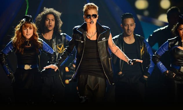 """""""I'm an Artist and I Should Be Taken Seriously"""";Justin Bieber Booed at Billboard Awards 2"""