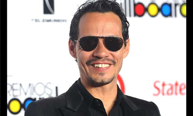 Marc Anthony Runs Into some Trouble At Mexican Airport