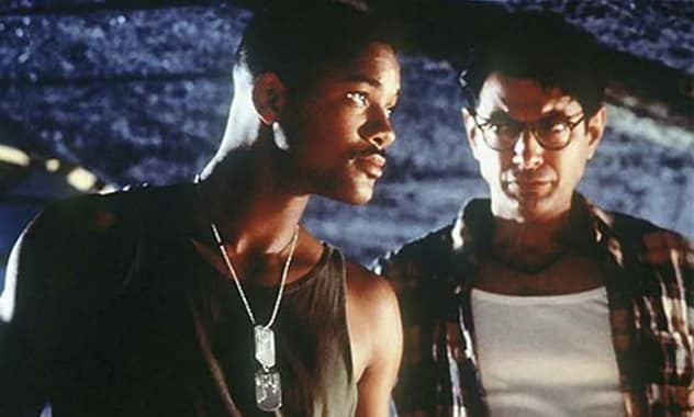 'Independence Day 2' Release Date Slated To Happen In 2015