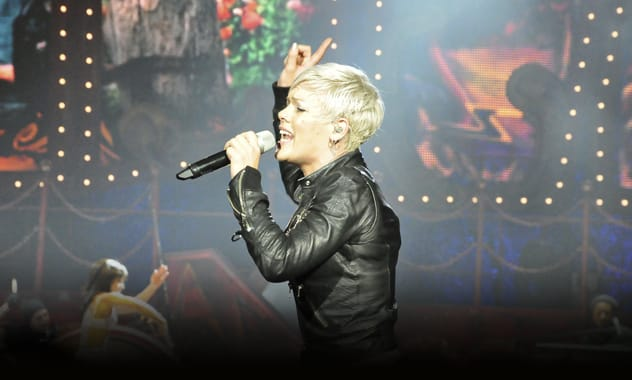 Pink's Melbourne Show Threatened By Teenager Tweeting About Bombing The Concert Venue  1