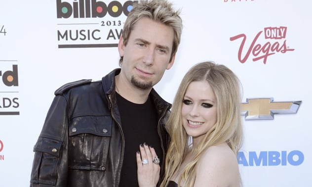 Newlyweds Avril Lavigne and Chad Kroeger duet on 'Let Me Go'