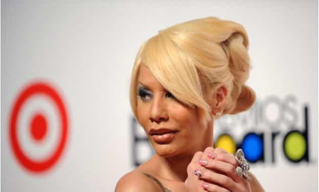 Ivy Queen gives birth to a baby girl!