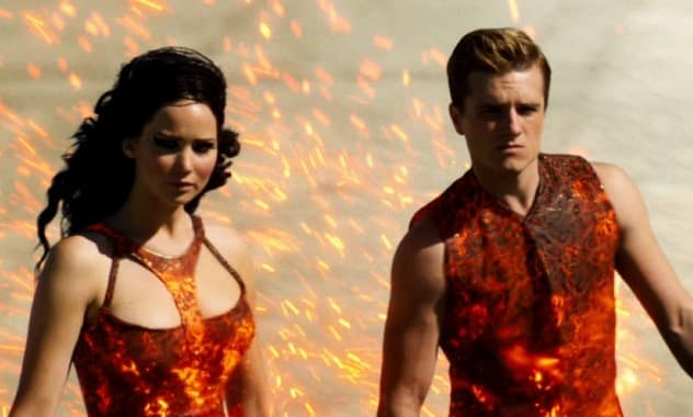 'The Girl On Fire' Isn't the Only Thing Blazing As 'Catching Fire' Soars In Box Office Sells