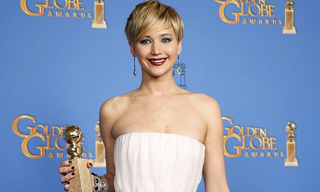 """The First Film in 40 Years With A Female Lead To Top Box Offices Is """"Catching Fire"""""""