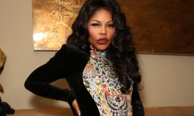 Lil' Kim Shows Off Pregnancy To The Suprise Of All