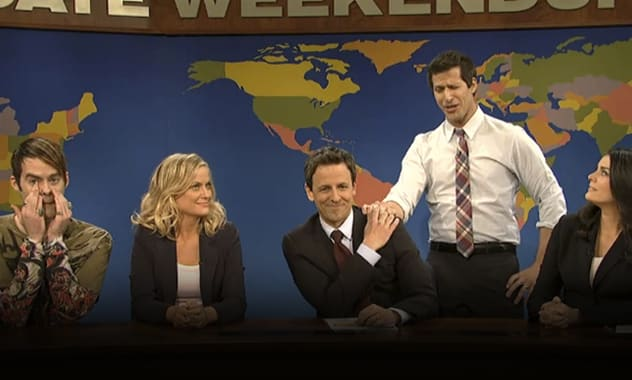 Seth Meyers Says Goodbye To SNL's 'Weekend Update' With A Little Help From Old Friends 1