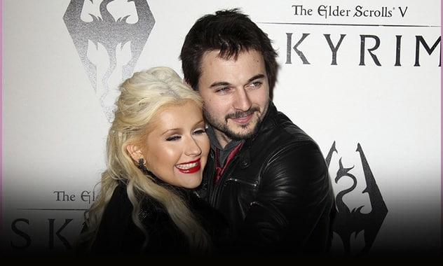Christina Aguilera's Gets Engaged To Fiancé Matthew Rutler  2