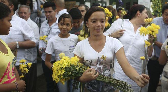 Gabo Memorial 4 Latino