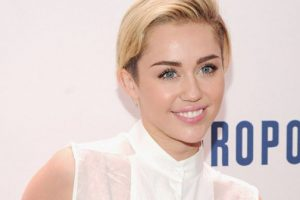 Miley Cyrus' Hospitalization Forces Another Postponded For Weekend Show