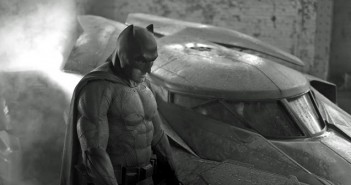 Batman-vs-Superman-Affleck-Costume-First-Image-1024x681
