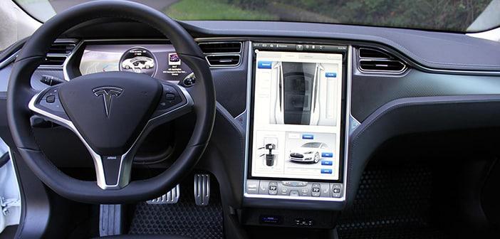 Tesla Pledges A Revolution Among Electric Cars