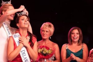 Miss Delaware winner says loses Title And Crown For Being 'Too Old'