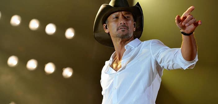 Tim McGraw Slaps Overzealous Fan During Atlanta Concert