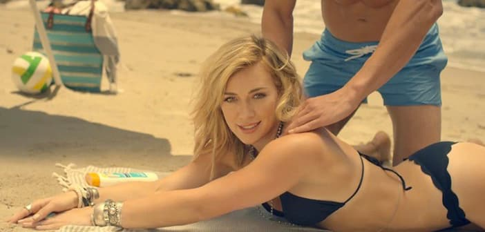 Hilary Duff Wants to Escape With New 'Chasing the Sun' Single