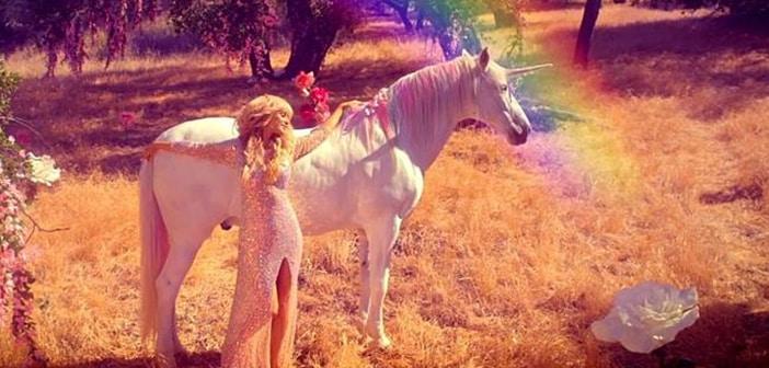 "Paris Hilton Releases Video for ""Come Alive"" Single 2"