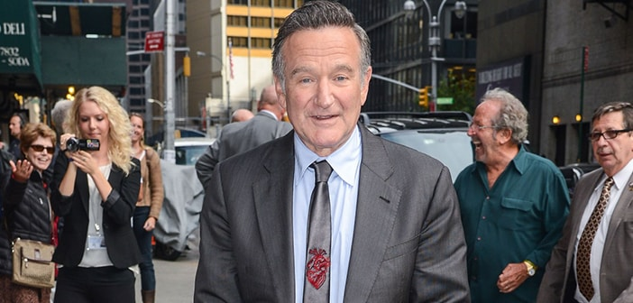 Robin Williams Checks Into Himself Rehab For Continued Sobriety