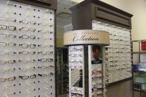 ZayZay Gets  An Eye Exam to See What All the Hype Is About Transitions Lenses 15