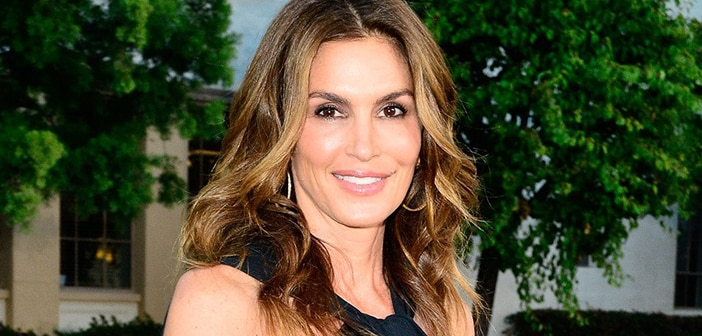 Cindy Crawford Pulls Out of School Because Of Health Scare