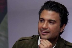 "JANE THE VIRGIN - Jaime Camil joins as ""Rogelio"" Premieres Oct. 13 on The CW"