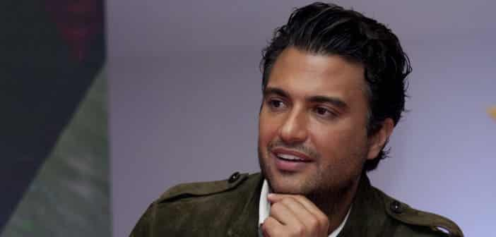 """JANE THE VIRGIN - Jaime Camil joins as """"Rogelio"""" Premieres Oct. 13 on The CW"""