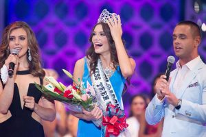 Miss Carolina, K. Lee Graham, Gets Announced As 2014's Miss Teen USA 6