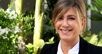 jennifer aniston two5h