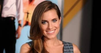 allison-williams-peter-pan-ftr