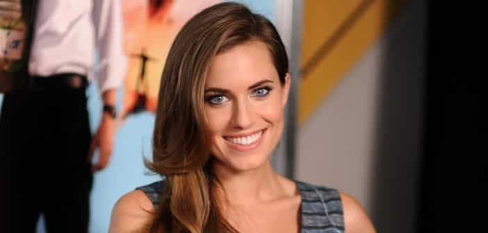 Allison Williams Reveals Her First 'Peter Pan' Look With New Image 1